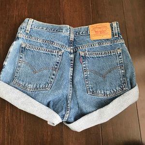 Size 10 Levi shorts